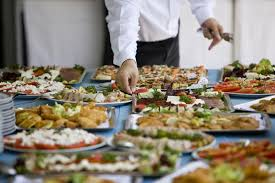 How to pick a good corporate caterer- Important factors